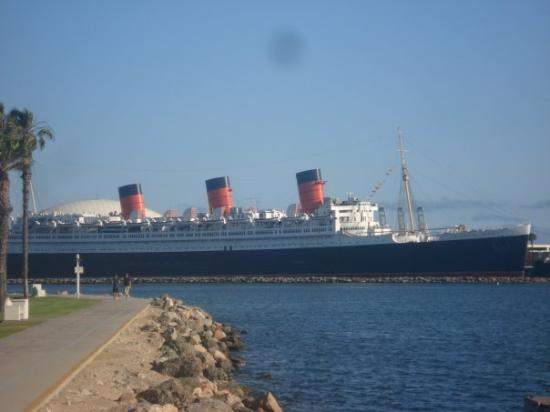 The Queen Mary (built in clydebank you know!)