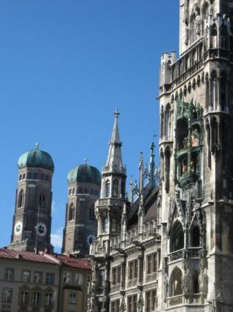 New Town Hall (Neus Rathaus): Frauenkirche