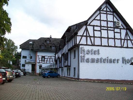 Ramsteiner Hof : The back of the Hotel