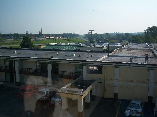 Super 8 Erie/I 90: View of the Quality Inn and Highway