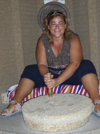 Hercules Cave: Ella trabajaba