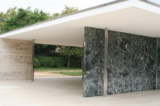 Pabellon Mies van der Rohe: Padiglione di Barcellona di Mies