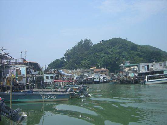 ฮ่องกง, จีน: 外へ