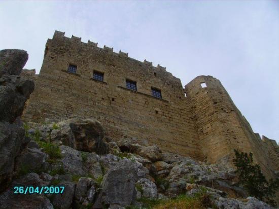 อะโครโปลิสแห่งลินดอส: The castle at Lindos.