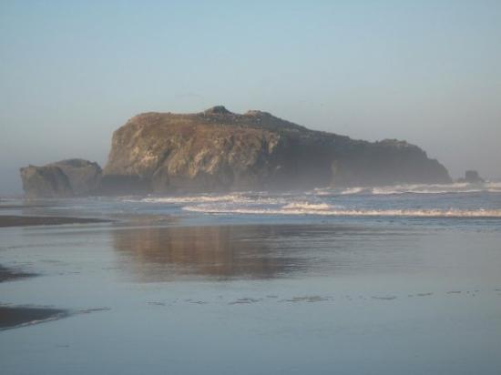แบนดัน, ออริกอน: The HUGE rocks were amazing.