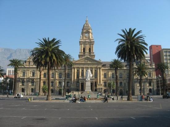 City Hall: Hotel de ville
