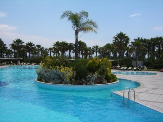 Finike, Turkey: Ons zwembaddeke!