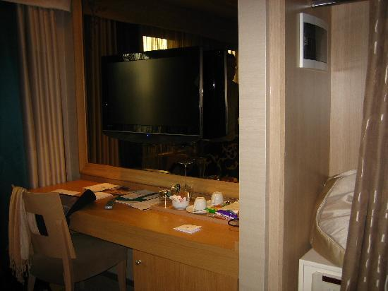 Tulip By Molton Hotels : Room View 2