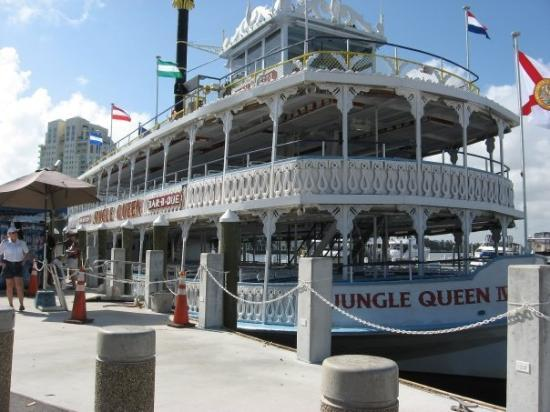 Jungle Queen Riverboat: Jungle Queen risteily Fort Lauderdalessa