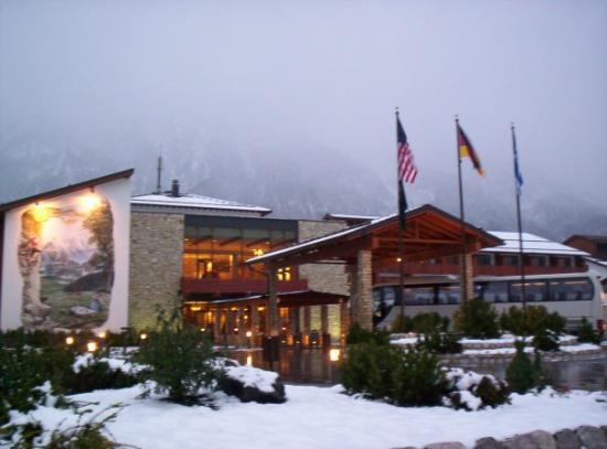 Edelweiss Lodge and Resort: snowy Edelweiss