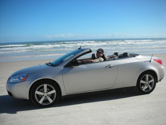 Beach at Daytona Beach: SUR LA PLAGE DE DAYTONA............