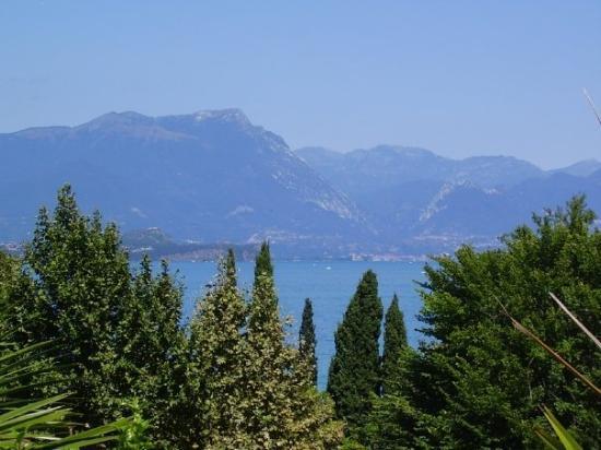 Desenzano Del Garda, อิตาลี: Lago di Garda
