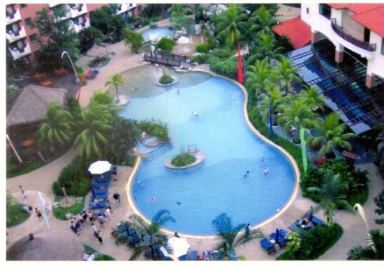 บาตัม, อินโดนีเซีย: Holiday Inn Resort. View from our room.