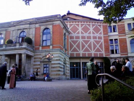 ไบรอยท์, เยอรมนี: Bayreuther Festspiele