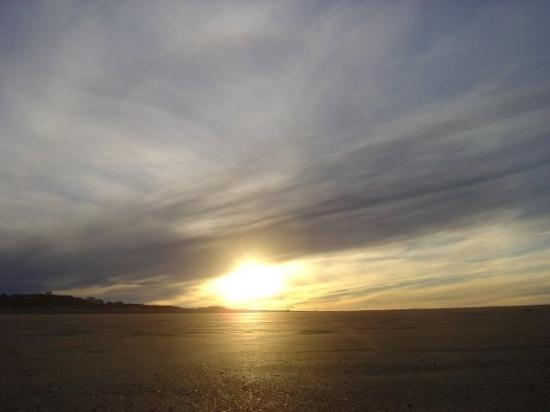 Viedma, Argentina: Atardecer en Playa Dorada