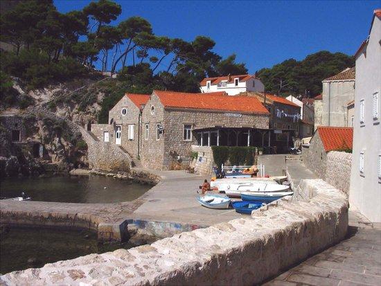 Orhan, Dubrovnik