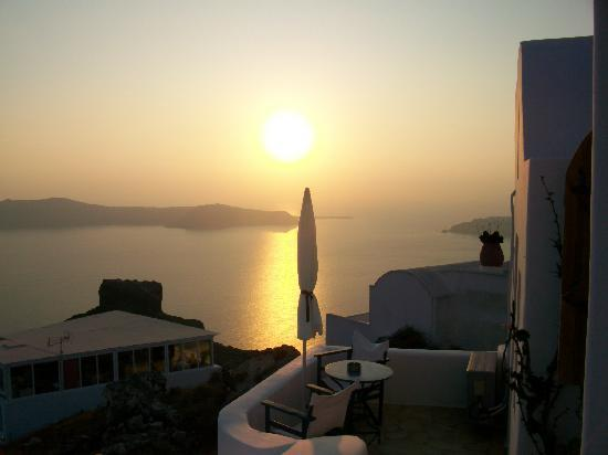 Arc Houses: Sunset from ´´Stone´´ studio terrace