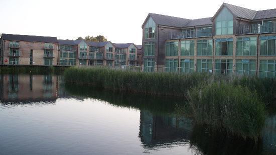De Vere Cotswold Water Park: hotel