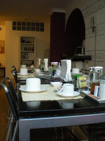 B&B Corso 22: stanza colazione