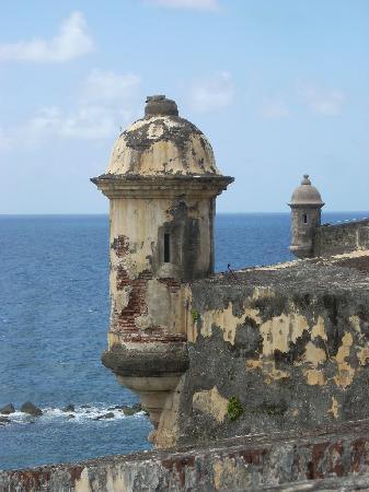 Courtyard San Juan Miramar: Fort in Old San Juan