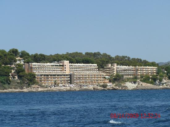 Iberostar Suites Hotel Jardín del Sol: this is the hotel,,from the back of the aquarium boat