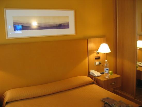 Hotel Bouza: habitacion 1