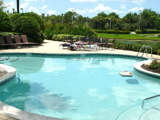 Inn at Pelican Bay: Pool