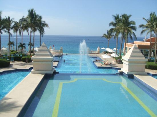 Hotel Riu Palace Cabo San Lucas: pool / ocean view