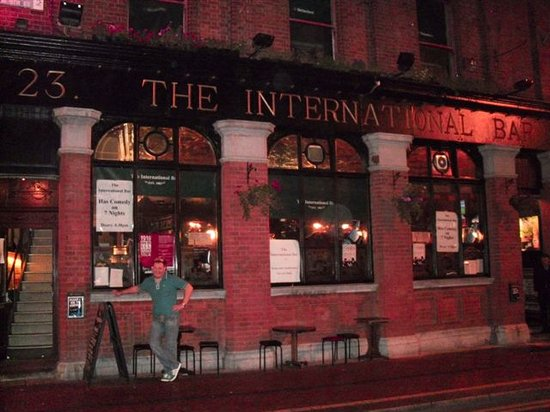 ‪The International Bar‬