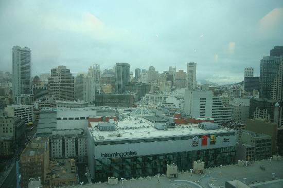 อินเตอร์คอนติเนนตัล ซานฟรานซิสโก: View from the top floor