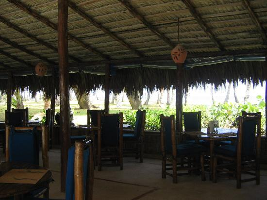 Hideaway Beach Resort: restaurant