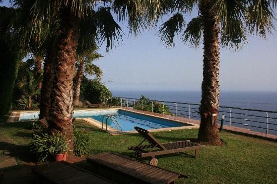 Casa do Papagaio: la grande piscine de Casa Papagaio