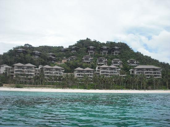 Shangri-La's Boracay Resort & Spa: front view