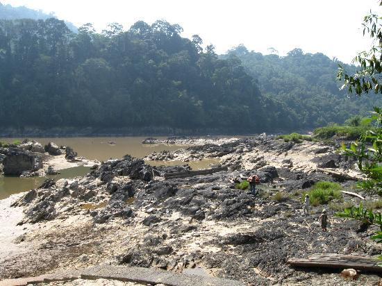 Kapit, Malaysia: The rapids in the dry season