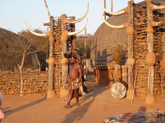 KwaZulu-Natal, Sør-Afrika: Entrada a la zona de exhibición