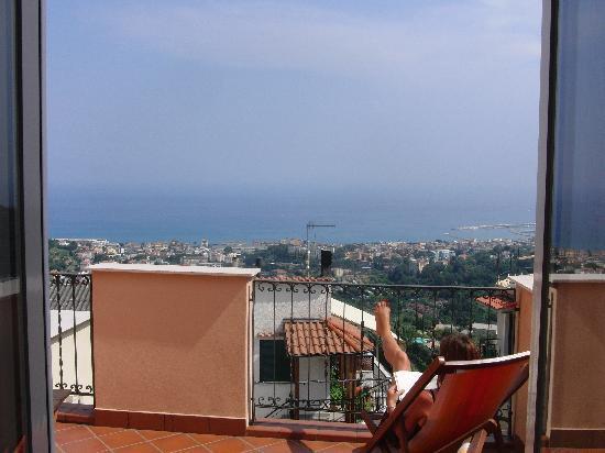 Hotel Ca'Ligure : Sea view from balcony