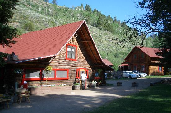 Granby, CO: main house
