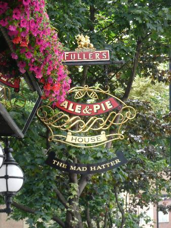 The Mad Hatter Hotel: The sign outside