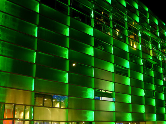 Ars Electronica Center : ARS FACADE, LINZ, AUSTRIA