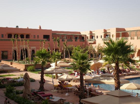 vue sur la piscine picture of hotel les jardins de l 39 agdal marrakech tripadvisor. Black Bedroom Furniture Sets. Home Design Ideas