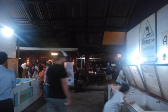 จิมบารัน, อินโดนีเซีย: at jimbaran..where the best seafood makan are...slurp.