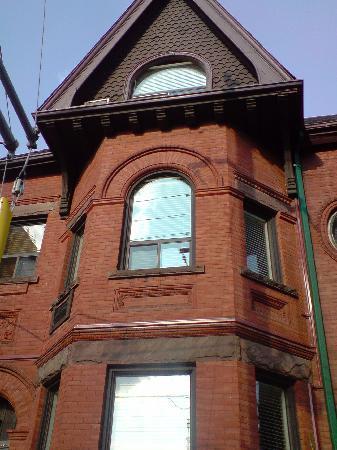 Annex Quest House @ Toronto