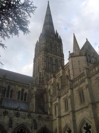 Salisbury Cathedral and Magna Carta: Salisbury cathedral