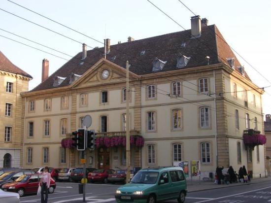 นิวชาเทล, สวิตเซอร์แลนด์: NEUCHATEL