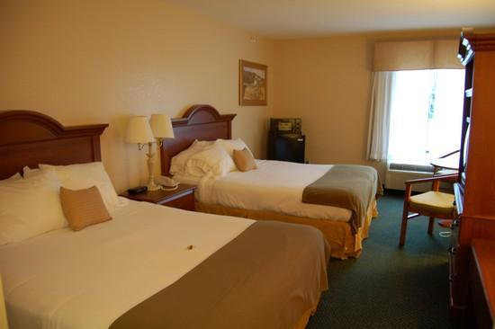 Country Inn & Suites by Carlson, Shelby NC: Room