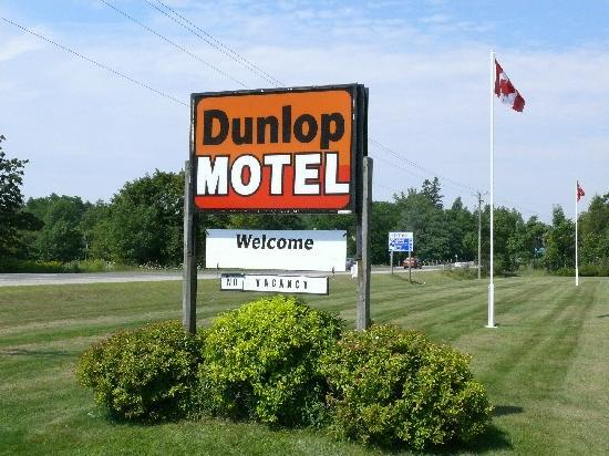 Dunlop Motel: No Vacancy