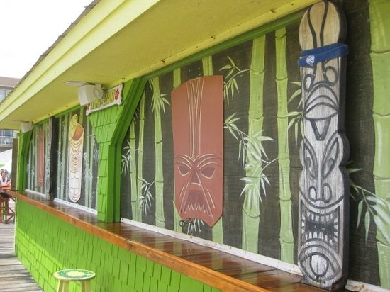 Wilmington, Caroline du Nord : Tiki Bar! Carolina Beach