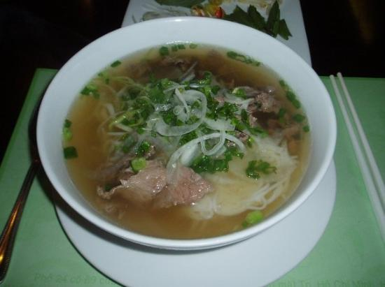 Pho 24: The Famous Beef Noodles Soup at Pho24
