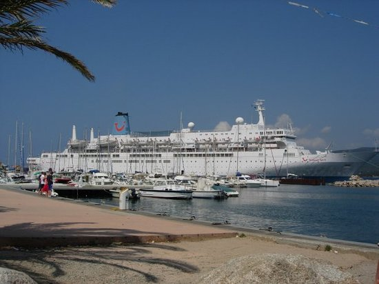 cruise ship aug 2006