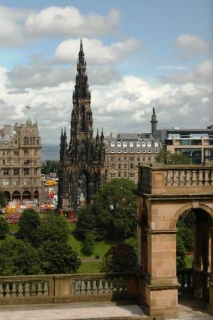 Scott Monument?  I'll have to double check.